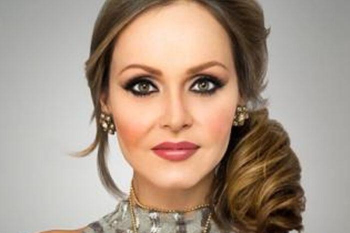 A atriz Gaby Spanic manda recado para Claudemir Spyver e para todos leitores da Revista Vulque
