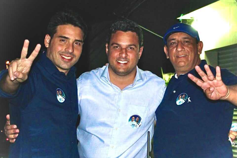 Igor Miranda é o novo nome da história política de Vertentes  Apoiadores se uniram em carros e motos em uma grande carreata no último domingo (25)